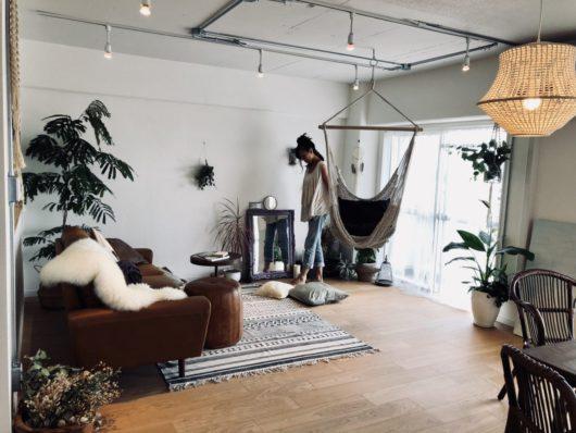 新所沢の埼玉住建 デザインにこだわったリフォーム.リノベーション 空間演出 マンションフルリノベーション ホームステージング リビング ハンモック BOHOスタイルの写真